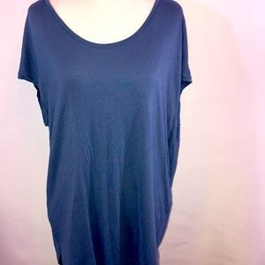 Banana Republic scoop neck top size small